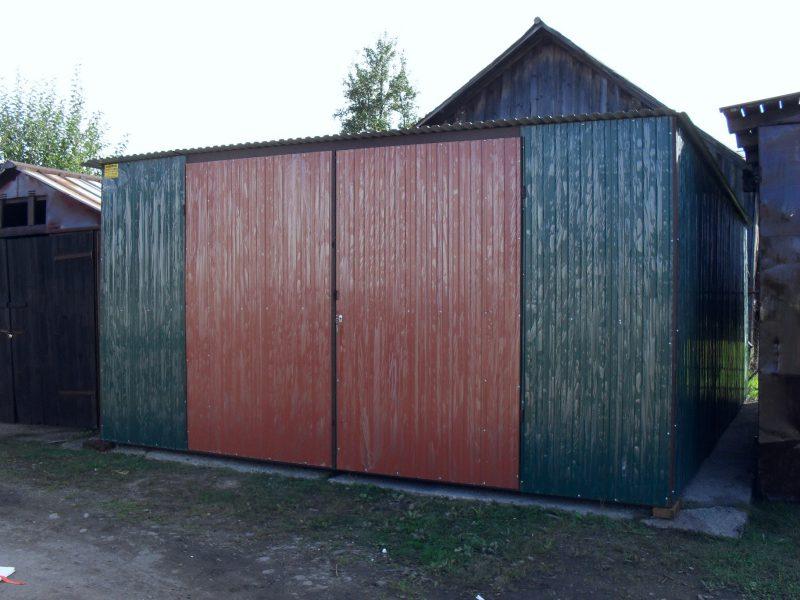 Plechová garáž so spádom strechy dozadu 4×6 szín