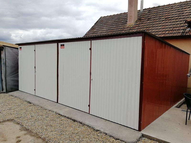 Plechová garáž so spádom strechy dozadu 6x6 RAL 8004