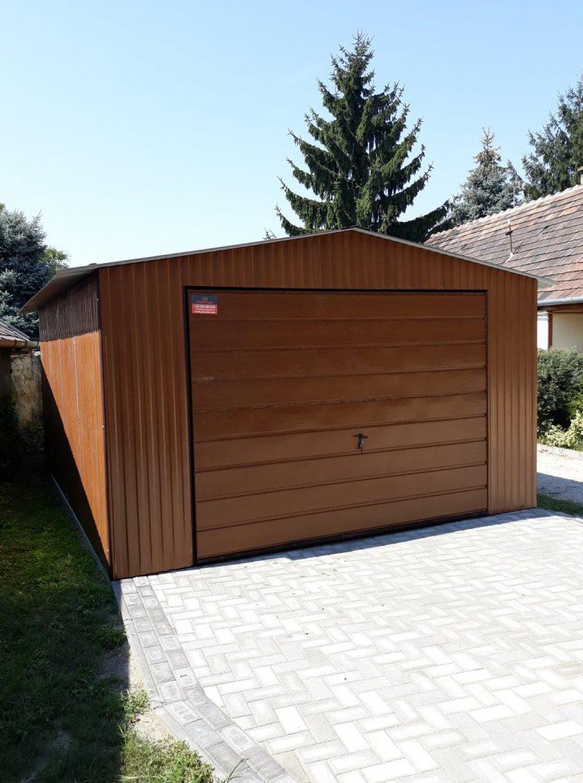 Plechová garáž sedlová strecha 4x5