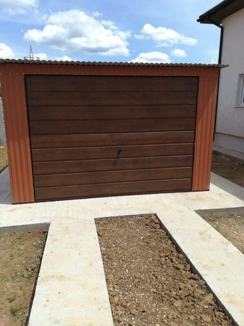 Plechová garáž so spádom strechy dozadu 3.5x6-3
